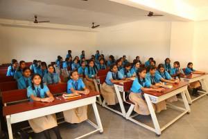 class-room-girls-2-min